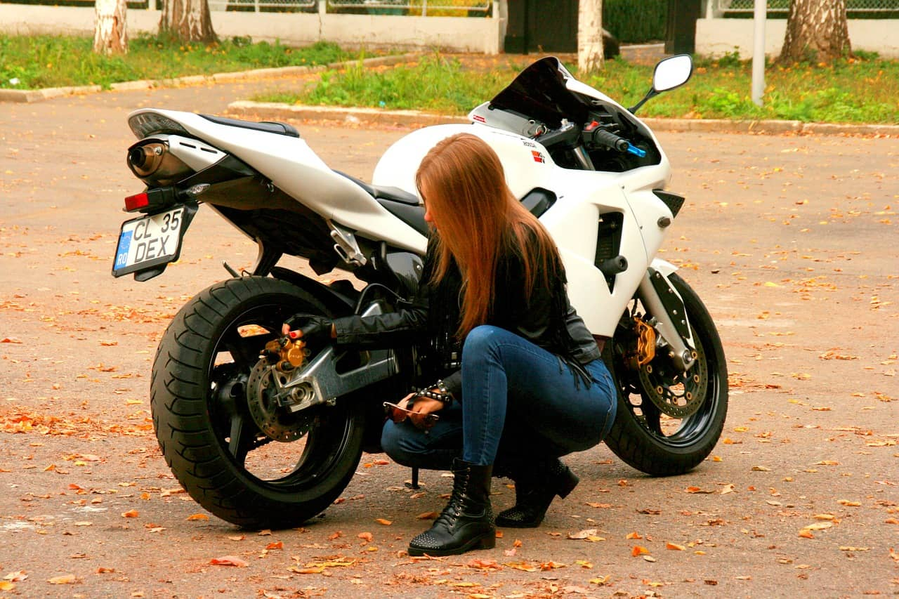 What Motorcycle Training Class Covers